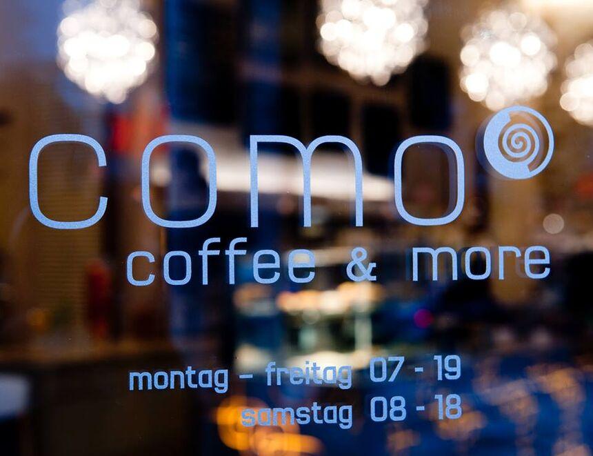 A photo of como