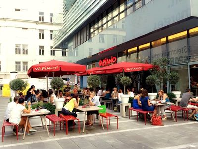 A photo of Vapiano, Sparkassenplatz