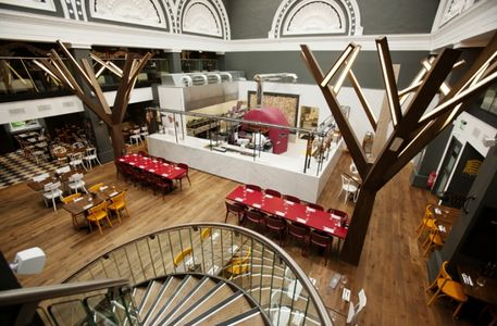 A photo of Zizzi, Royal Exchange Square