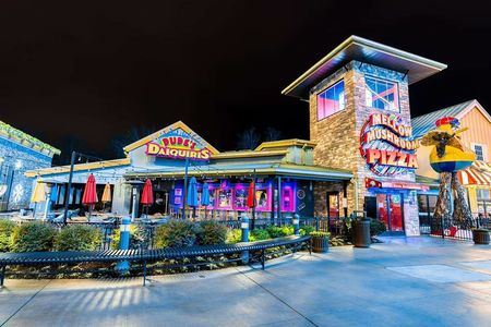 A photo of Mellow Mushroom, Island in Pigeon Forge