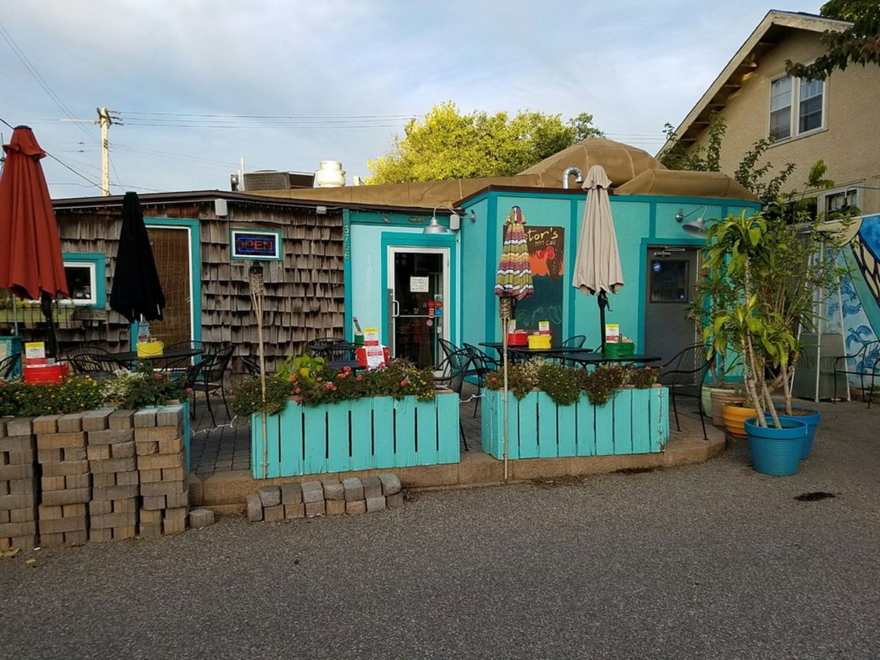 A photo of Victor's 1959 Cafe
