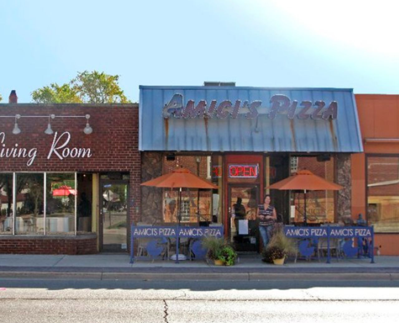A photo of Amici's Pizza & Living Room
