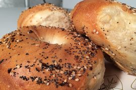 A photo of Lenny's Bagels
