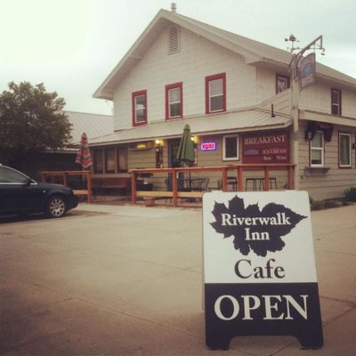 A photo of Riverwalk Inn