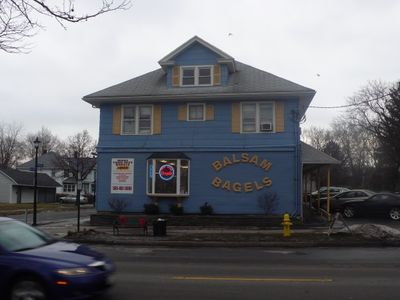 A photo of Balsam Bagels