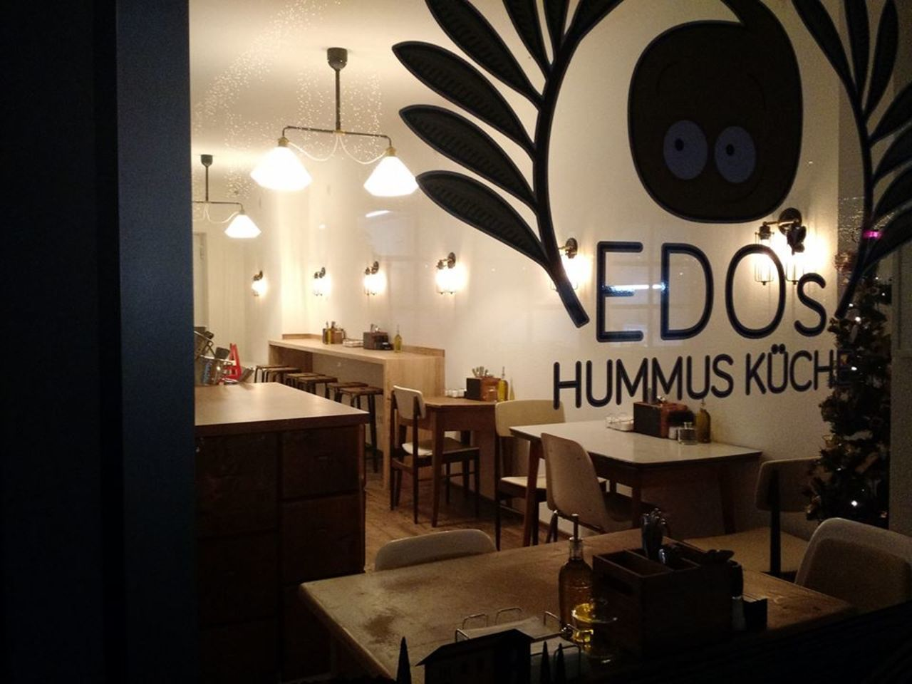 A photo of Edo's Hummus Küche
