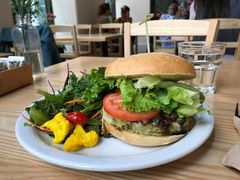 A photo of The Plant Cafe Organic, San Francisco Airport