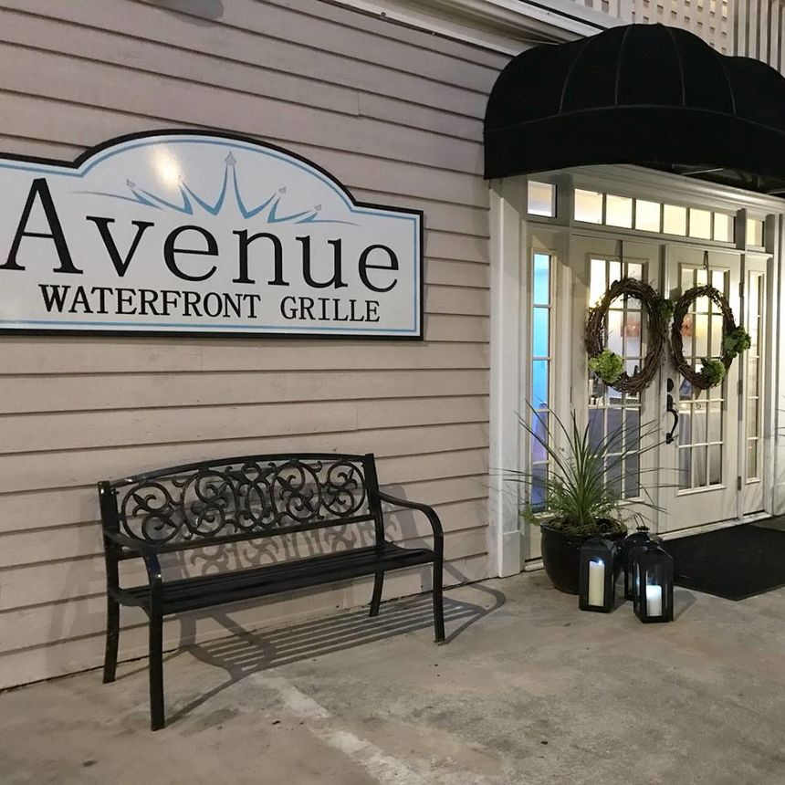 A photo of Avenue Waterfront Grille