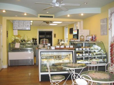 A photo of Gourmet Gallery