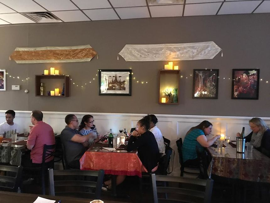A photo of Lamoon's Thai Restaurant