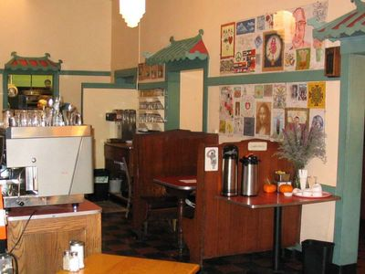 A photo of Mama's Royal Café