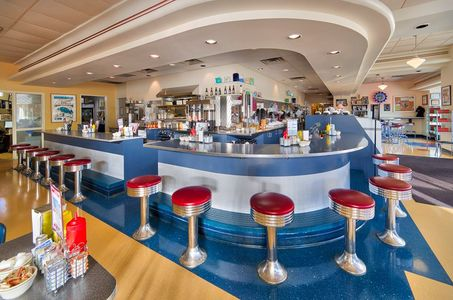 A photo of Hubbard Avenue Diner and Bakery