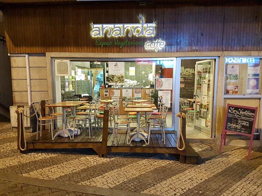 Ananda Café