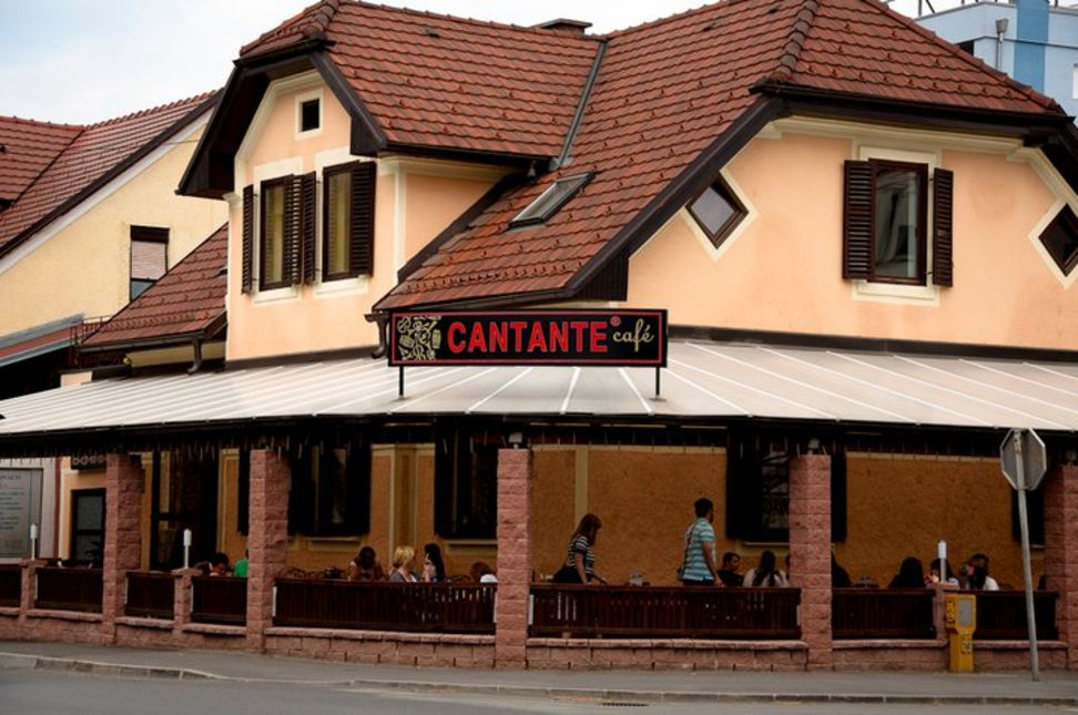 A photo of Cantante Café