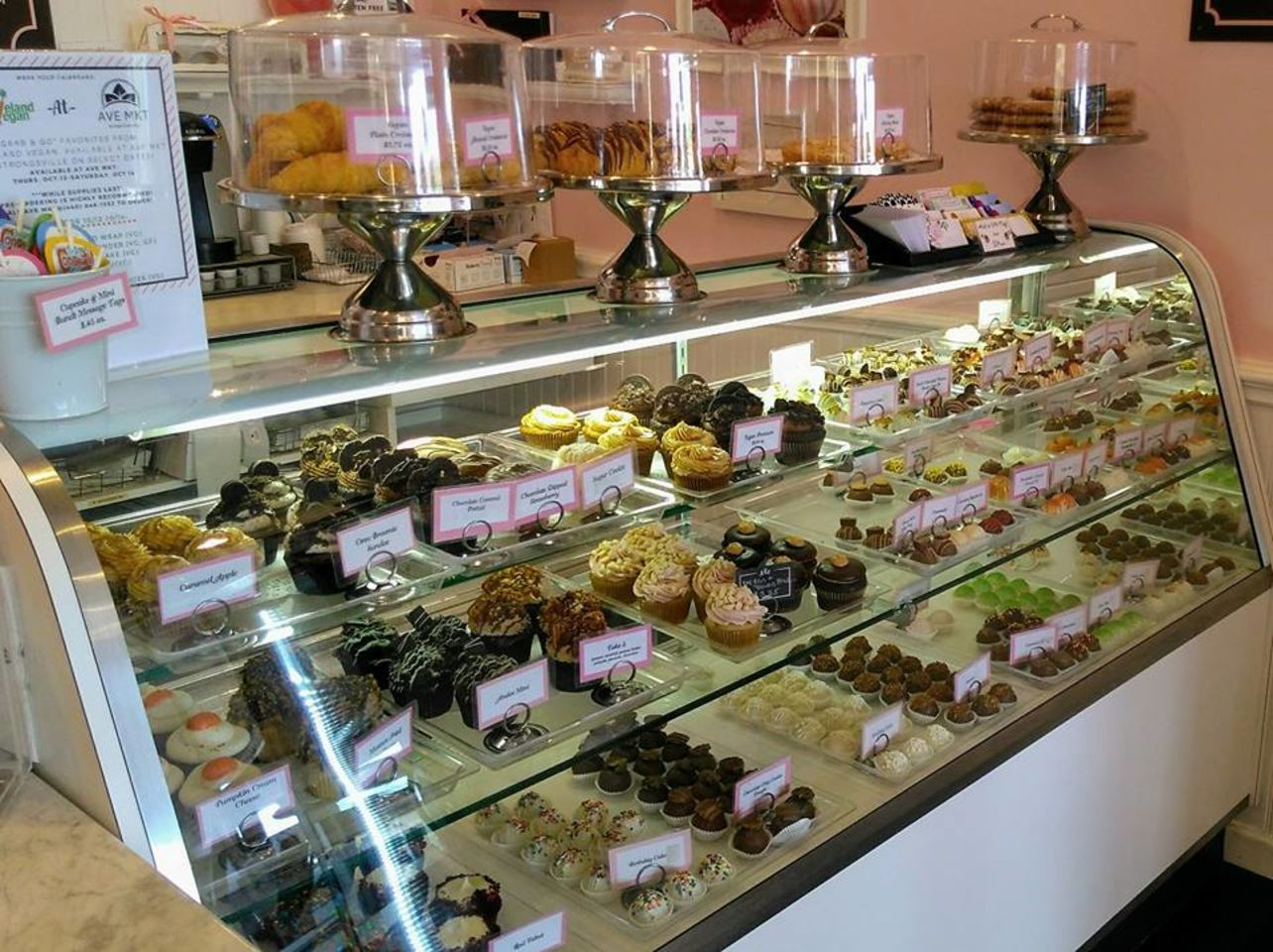 A photo of The Cute Little Cake Shop