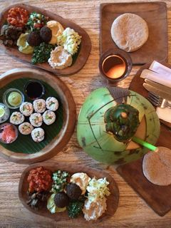 A menu of Earth Café & Market, Seminyak