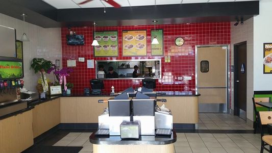 A photo of Flame Broiler, Indio