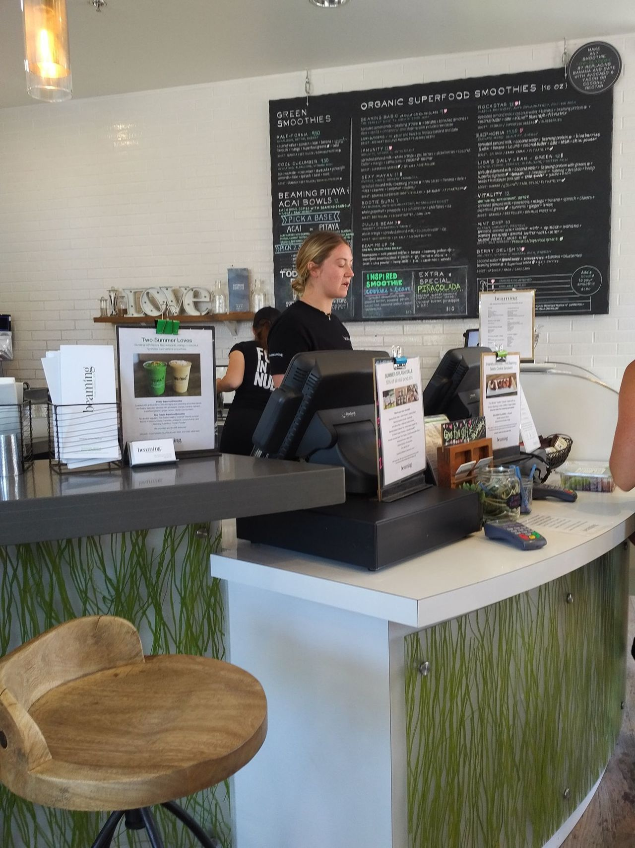 A photo of Beaming Organic Superfood Café, Del Mar
