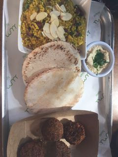A photo of Umi Falafel, Dame Street