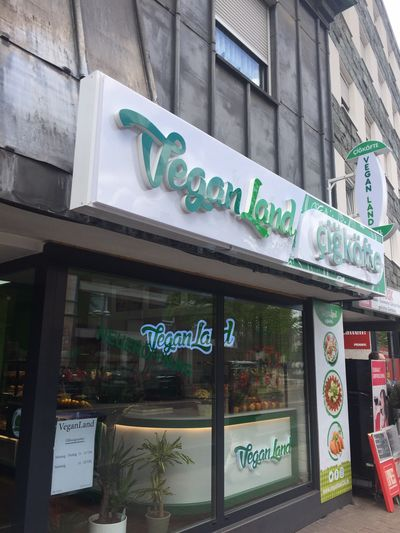 A photo of VeganLand Çiğköfte