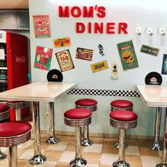 A photo of Mom's Diner