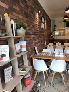 A photo of Oh happy Café