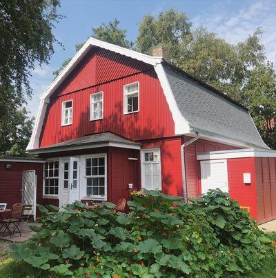 A photo of Das Rote Haus
